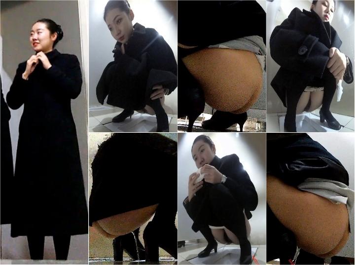 http://amazing-av.com/IMG/Women_toilet_aviation_school_1.jpg